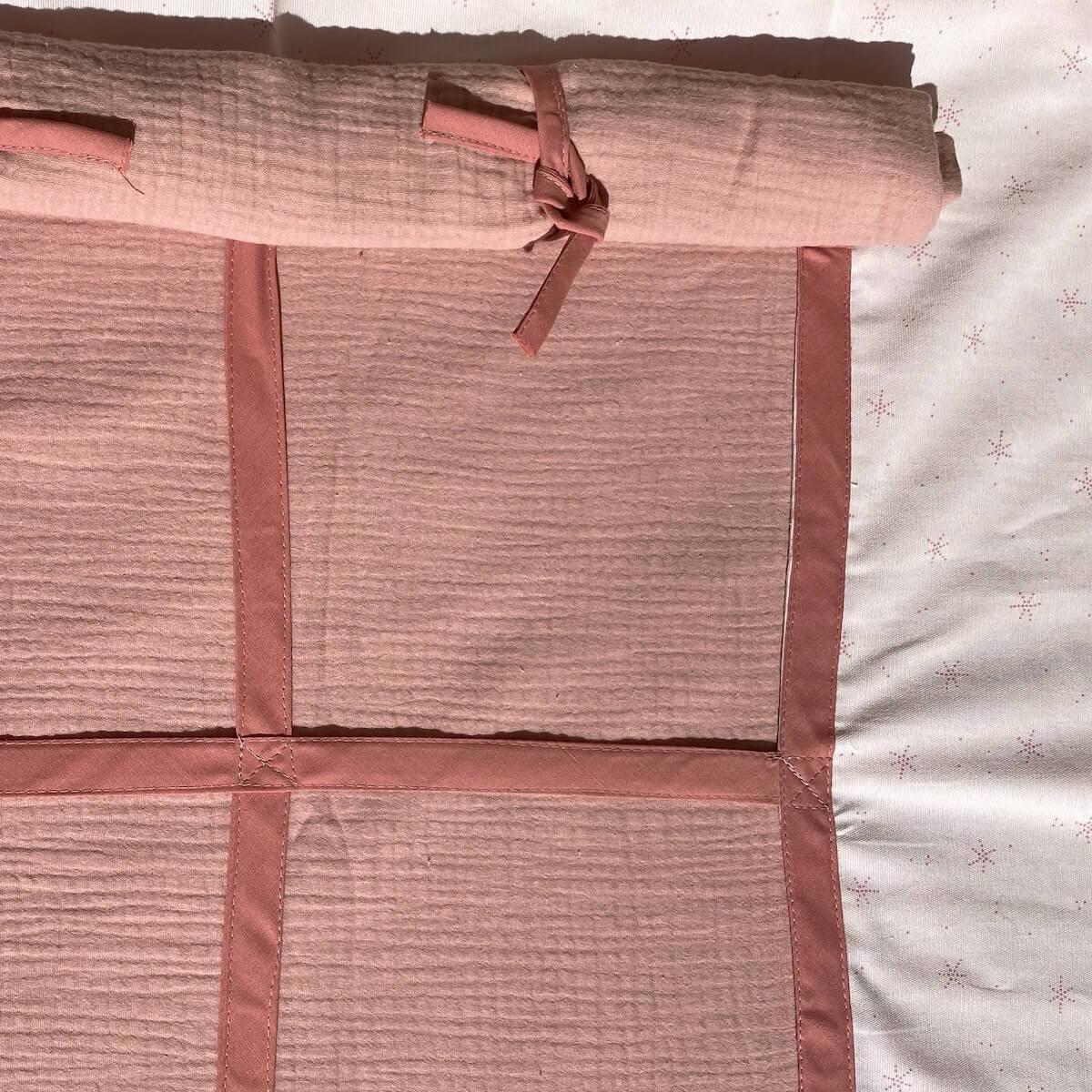 4 teiliges Vorhangset für Hochbett KASVA Debreuyn Bobble pink