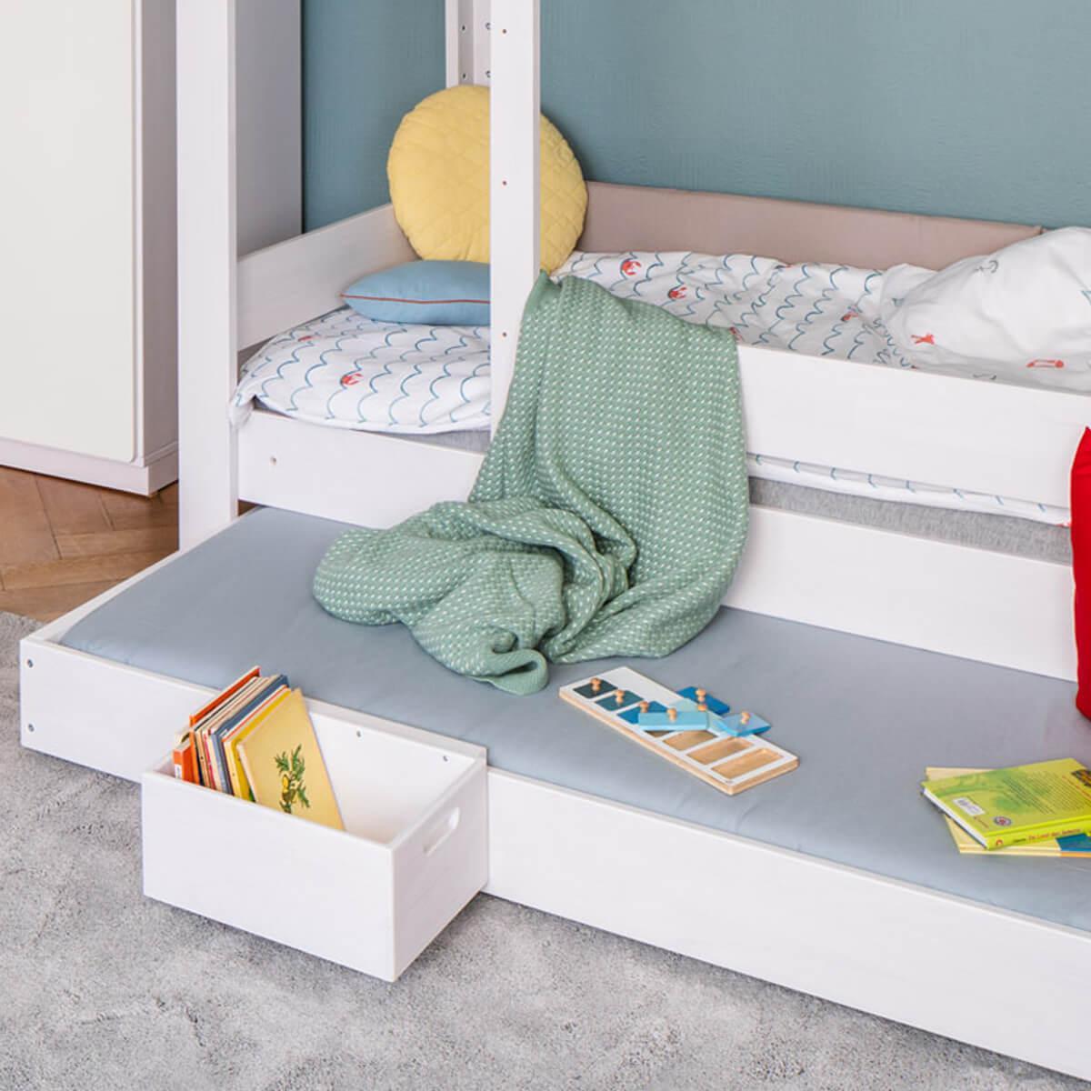 Bettkasten Gästebett-Auszug auf Rollen mit Rollrost DESTYLE Debreuyn Buche massiv weiß gebeizt-lackiert