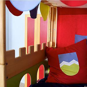 Burg halbhohes Bett mit Baldachin DELUXE de Breuyn geölt-Füllungen grün