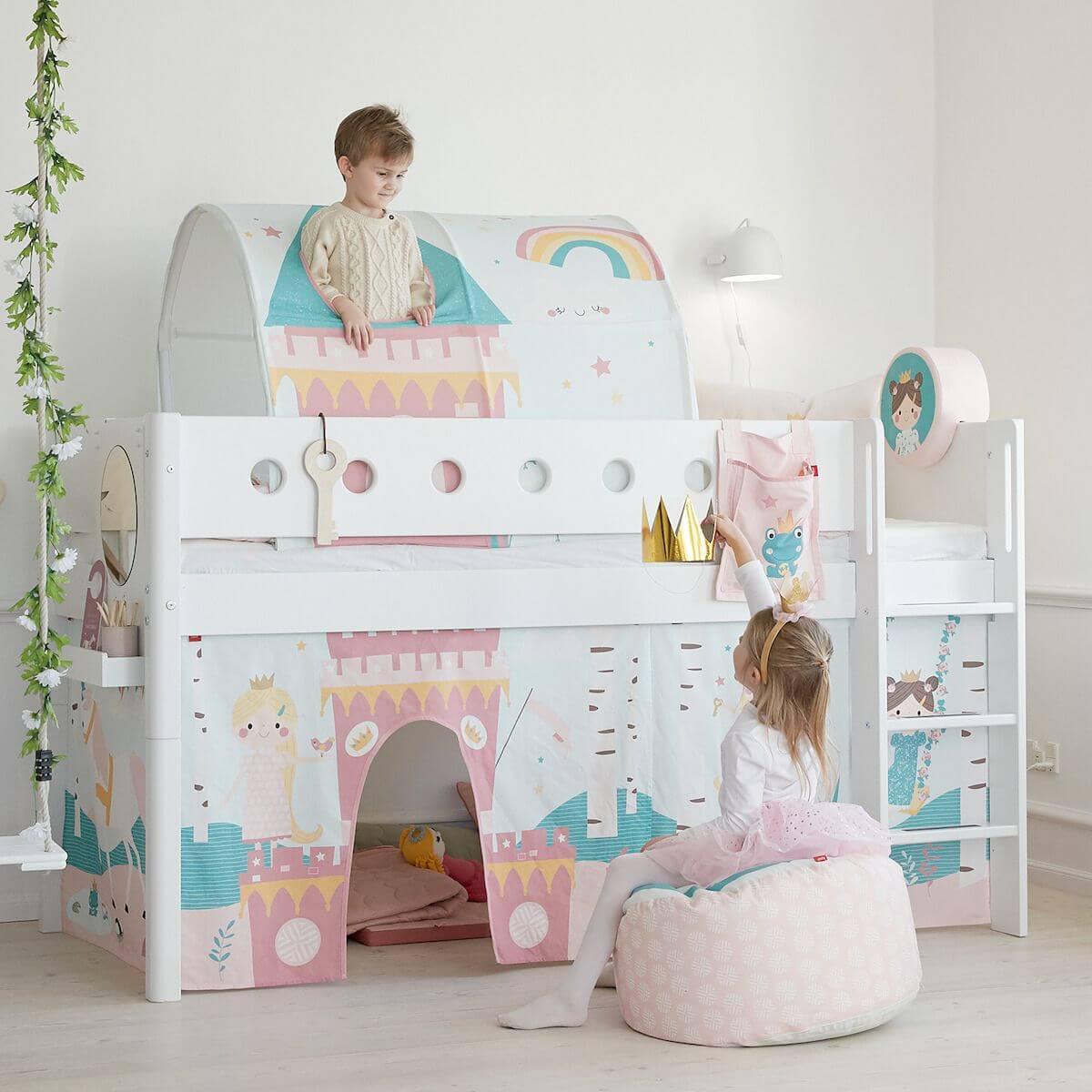 Halbhohes Bett mitwachsend 90x200cm mit gerader Leiter WHITE Flexa weiß-weiß