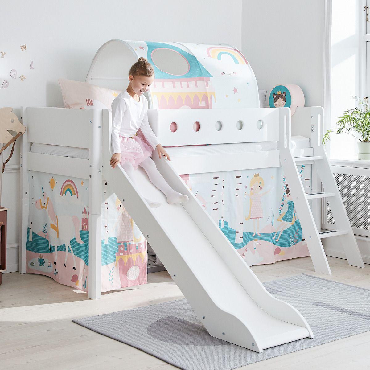 Halbhohes Bett mitwachsend 90x200cm mit Schrägleiter-Rutsche WHITE Flexa weiß-weiß