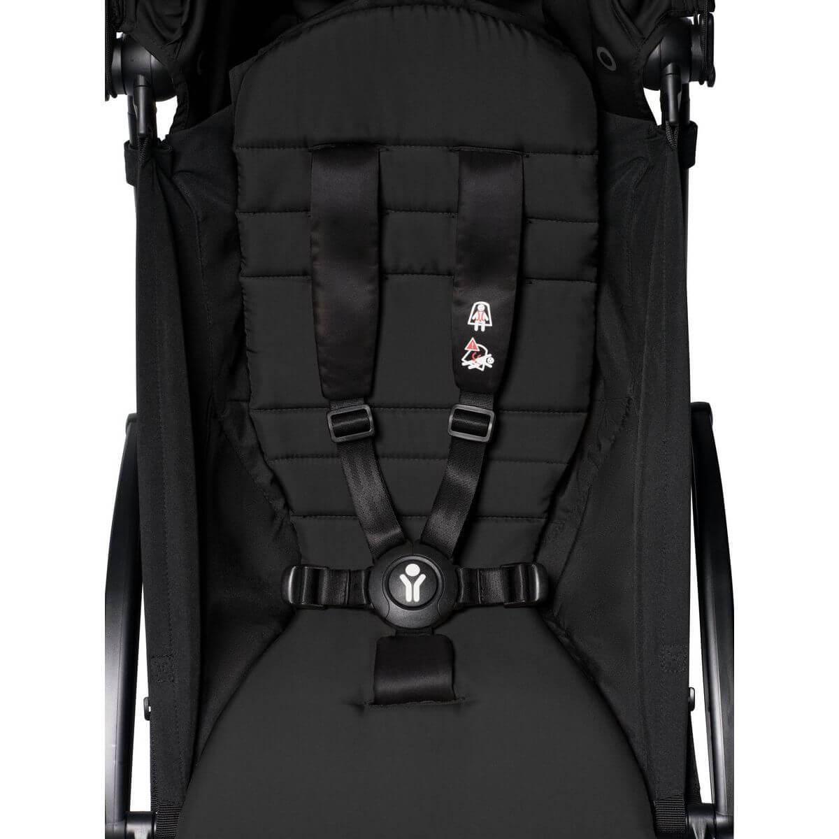 Kinderwagen BABYZEN YOYO² 6+ weiß-schwarz