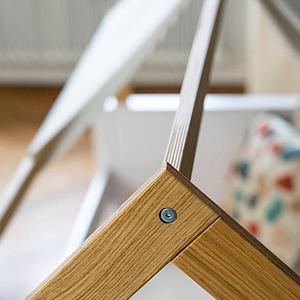 Liege-Dach bodentief-Fallschutz hoch KASVA Debreuyn Buche massiv weiß-lackiert Eiche furniert-geölt
