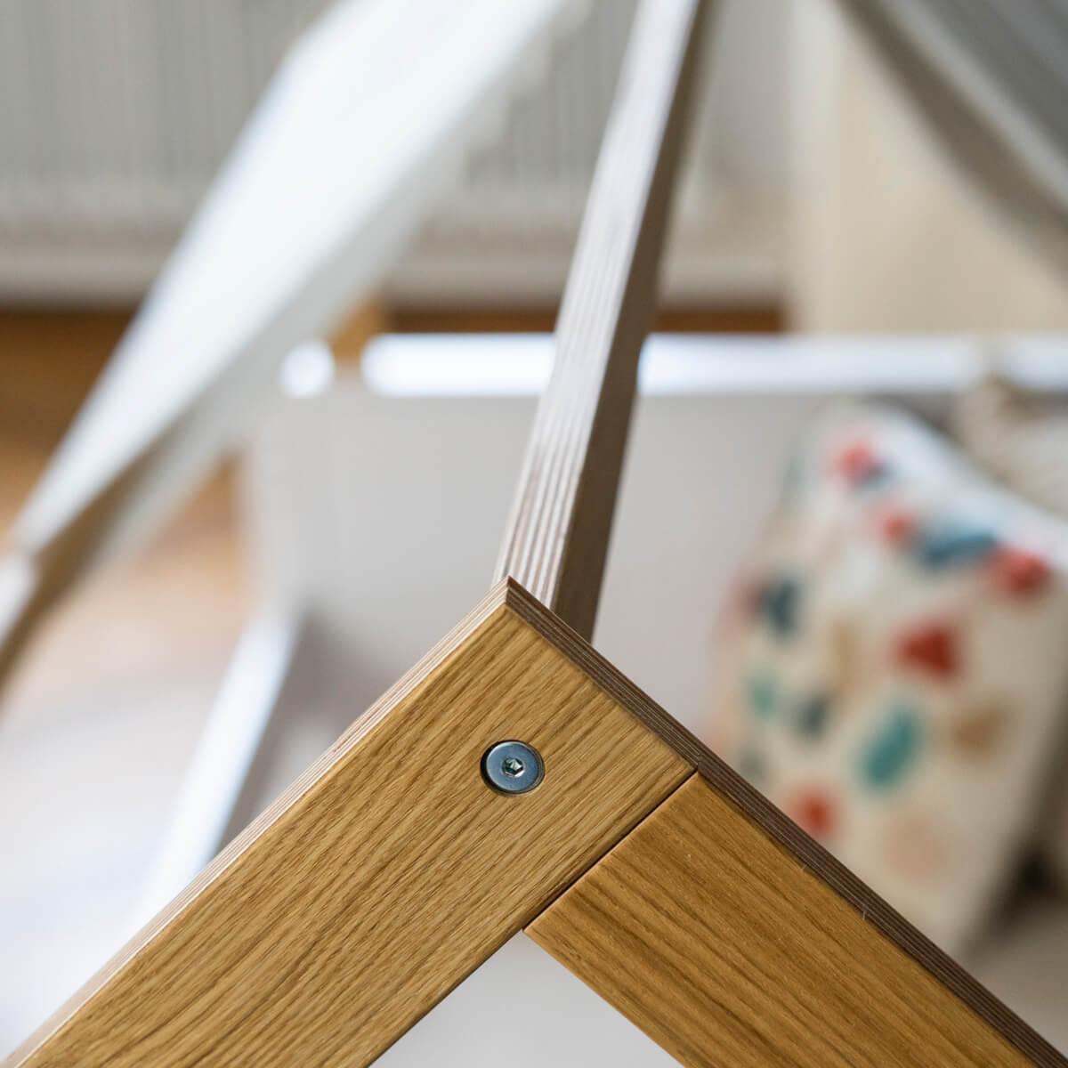 Liege-Dach bodentief-Fallschutz niedrig KASVA Buche massiv weiß-lackiert Eiche furniert-geölt