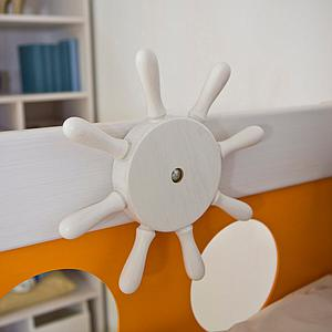 Pirat halbhohes Bett DELUXE de Breuyn weiss-Füllungen orange